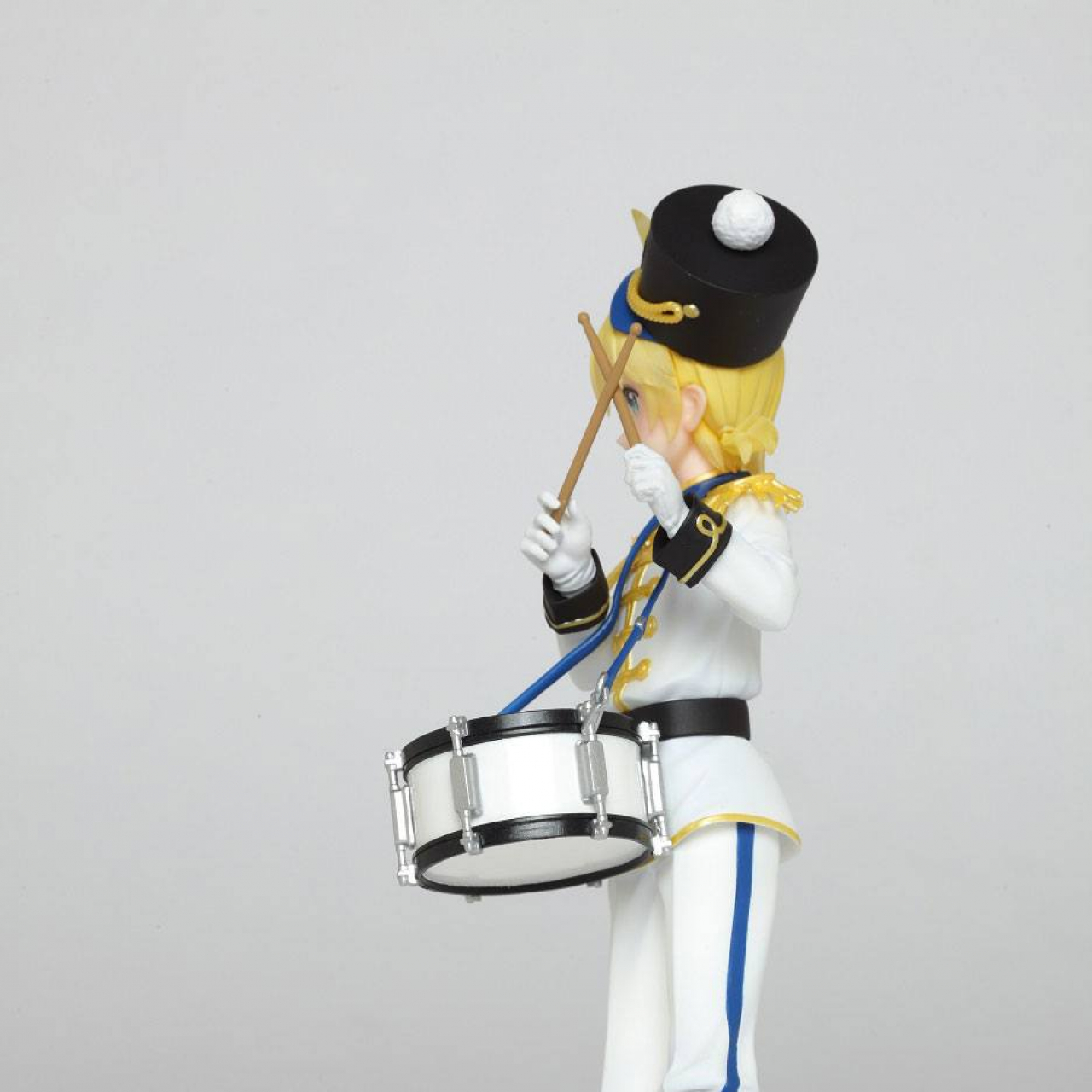 Character Vocal Series PVC Statue Kagamine Ren Winter Live Version 18 cm